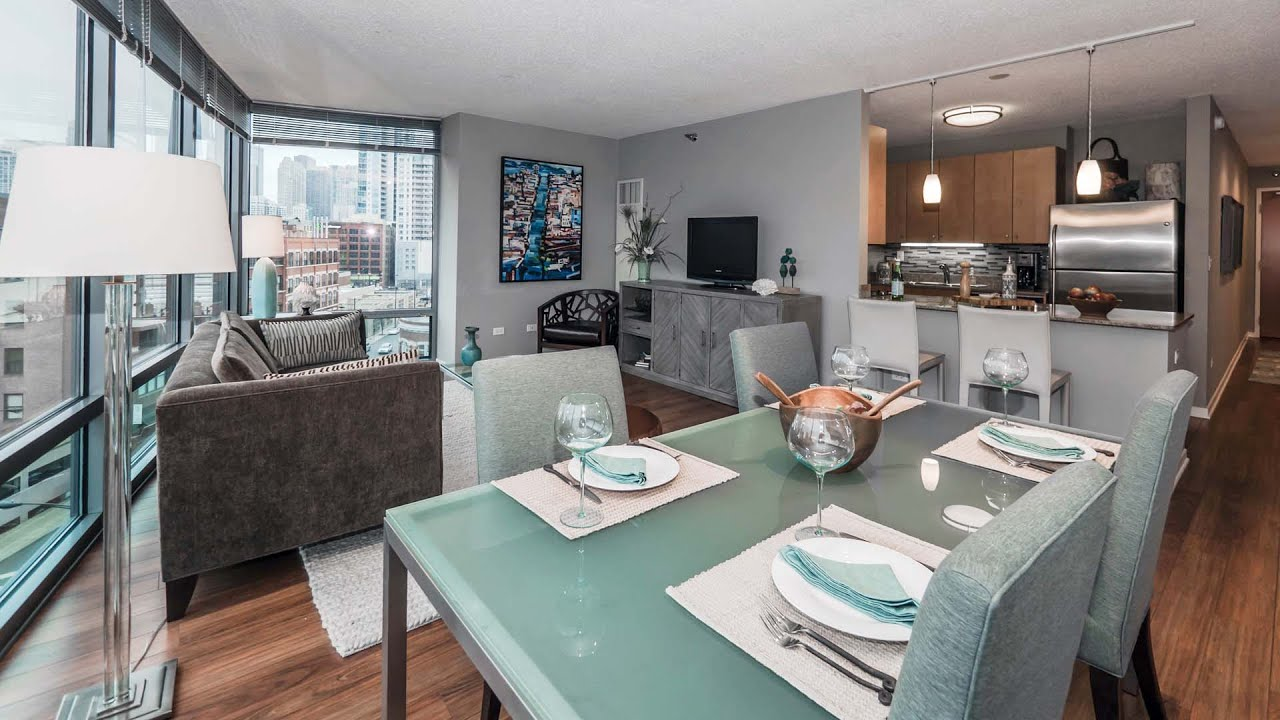 Tour a River North one-bedroom at Kingsbury Plaza ...