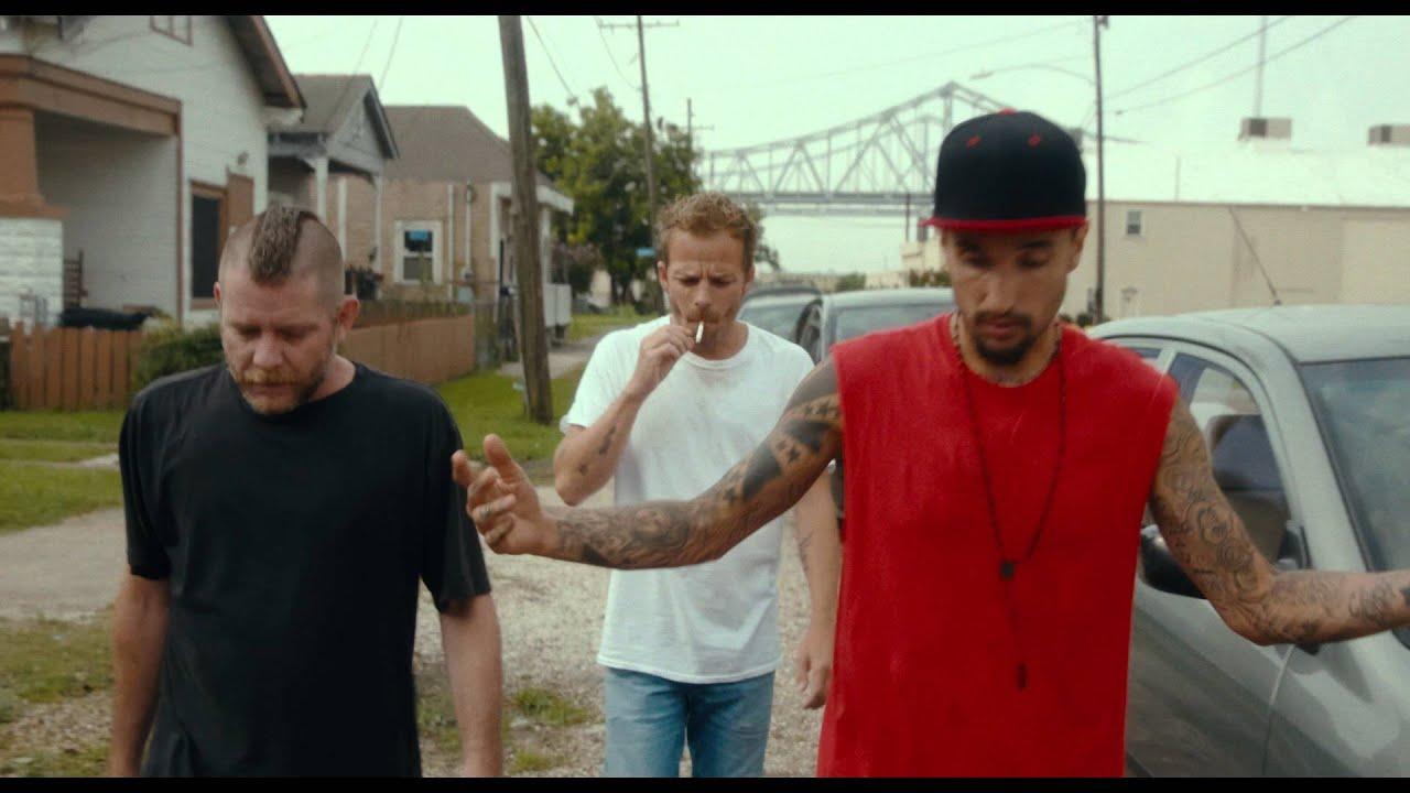 AMERICAN HERO / Bande-Annonce Officielle - le 8 juin  au cinéma
