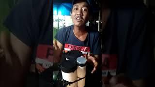 Pengamen Jakarta barat Cengkareng, nyanyi lagu Persija suara merdu
