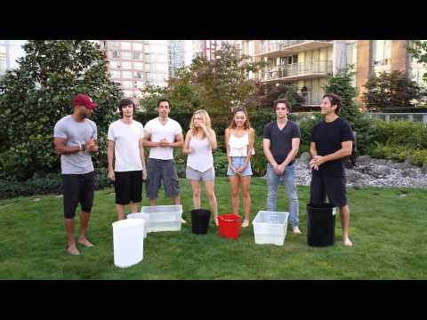 Cast of The 100 ALS Ice Bucket Challenge