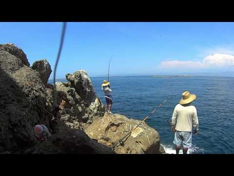 Ensenada, Fishing Big YellowTail From The Rocks