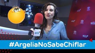 #ArgeliaNoSabeChiflar, una condición que la ha perseguido desde su niñez