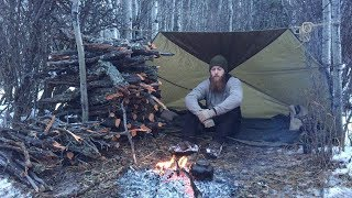 Solo Winter Backcountry Camping & Campfire Cooking
