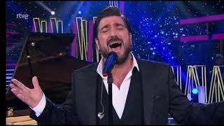 Entre sobras y sobras me faltas - Antonio Orozco en la Gala Feliz 2021