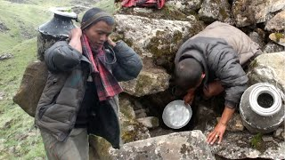 water hunting in the himalayan || shepherd life || the pastoral life ||