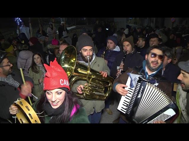 Gambatesa 31 dicembre 2019:  BRINDISI IN PIAZZA E FUOCHI D'ARTIFICIO