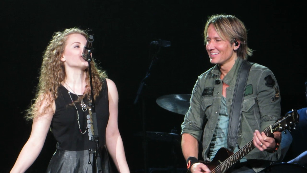 """Download Keith Urban w/Elly Cooke and her mom Becky """"Somebody Like You"""" Live @ The Giant Center"""