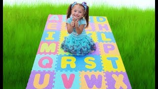 ABC Song kids play with English Alphabet