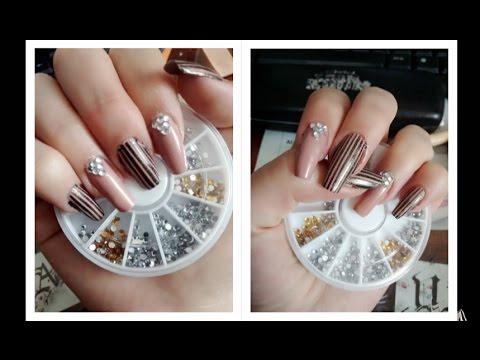 Decoración de uñas elegante - uñas naturales