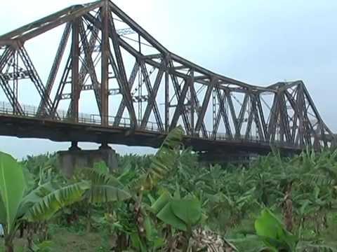 Cầu Long Biên - Giá trị còn mãi với thời gian ( Phóng sự) PR2 - K4 - HBU