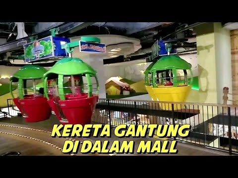 Naik Kereta Gantung Strawberry Di Dalam Mal | Indoor Cable Car In Grand Indonesia Mall