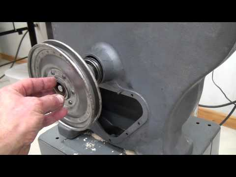 Removing Lower Drive Shaft in a Rockwell 28-300 Bandsaw