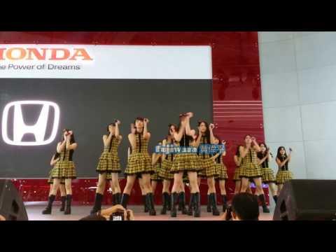 JKT48 - Part 1 @. IIMS 29/04/17
