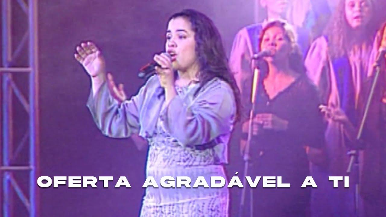 Cassiane | Oferta Agradável a Ti (DVD Com Muito Louvor)
