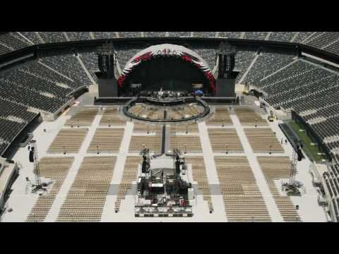 The Circle Tour Stadium set up; time lapse!