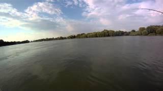 Рыбалка в р.Кубань Амур на 12 кг..MP4