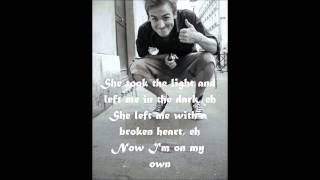 Mcfly - Shine a light - Lyrics ( on screen ) HD