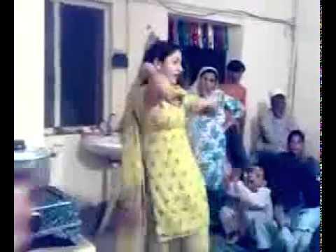 Pashto Girl Dance In Home