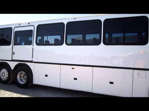 Neoplan ADA Coach - 45 Passenger Bus