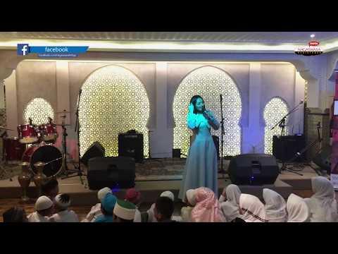 Live Perform Siti Badriah - Tobat Maksiat (Launching Alb. Salam Religi @ Al Jazeerah Signature)