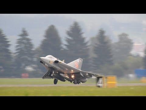 Saab J-35 Draken - Best display solo   Draken afterburner   Draken high speed pass   AirPower 2019
