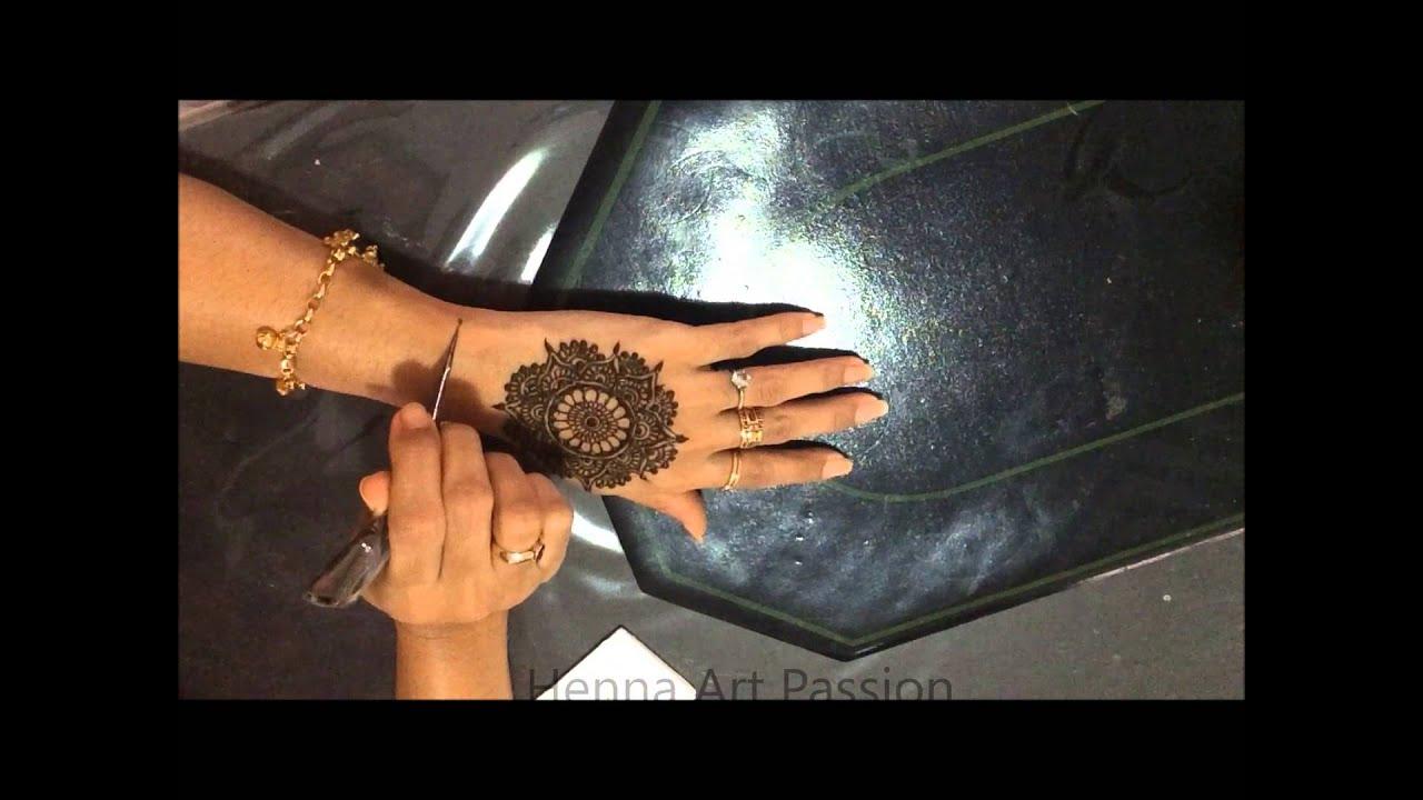 simple mehendi design : manadala and bracelet design for all ...