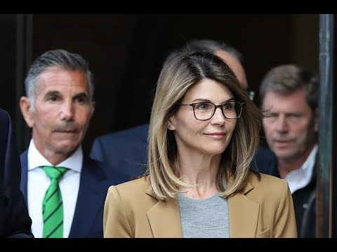 Lori Loughlin 'resolved' to avoid same fate as Felicity Huffman  - Fox News thumbnail