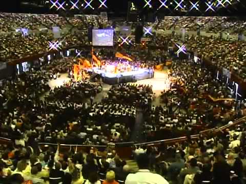 World's Largest single Church with 800,000 members!