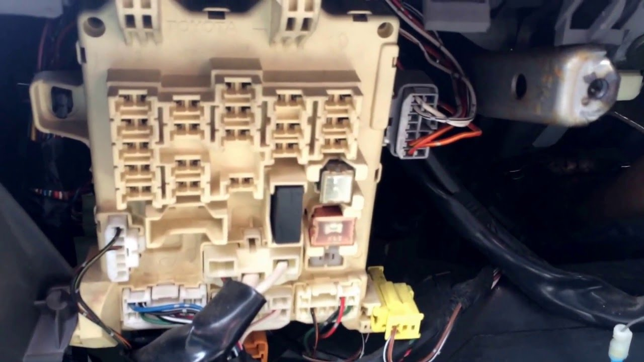 1998 toyota corolla fuse box location youtube 98 toyota steering column 1998 toyota corolla fuse box [ 1280 x 720 Pixel ]