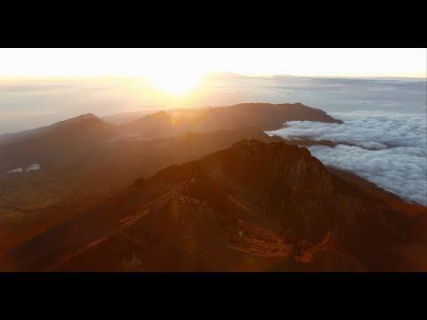Mount Rinjani Trekking Drone Footage Phantom 4 HD GoPro Hero 4 Lombok Indonesia 3726m