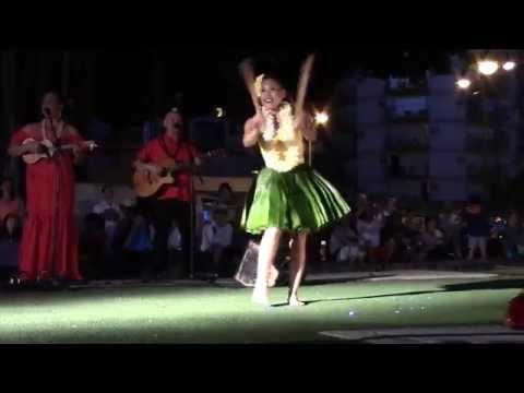 hawaiian-hula-dancing