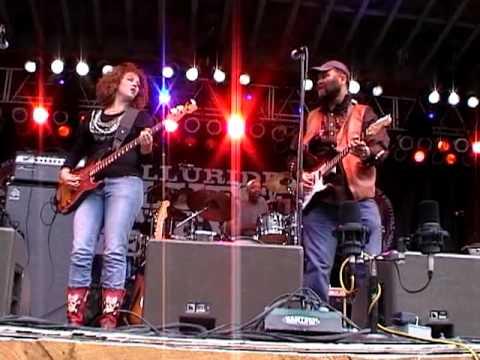 Otis Taylor burns up Telluride Blues and Brews Festival 2009