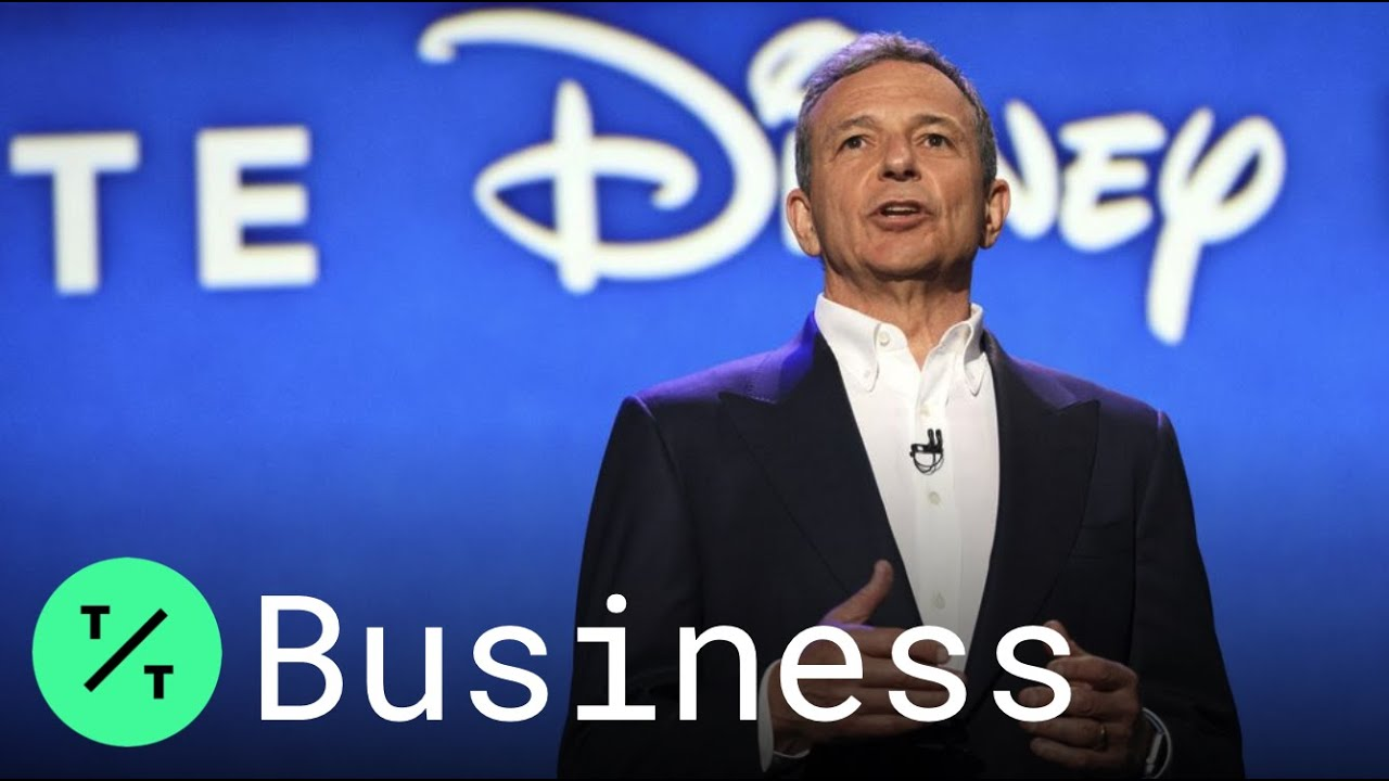 Bloomberg Tic Toc Disney CEO Bob Iger Exits Apple Board as Streaming War Nears