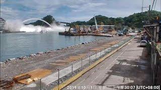 Terrible tragedy: Taiwan bridge collapse caught on camera