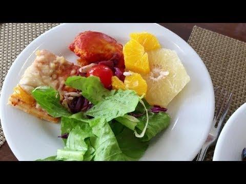 Завтраки в отеле ISROTEL SPORT CLUB 4* , Эйлат. Чем кормят..