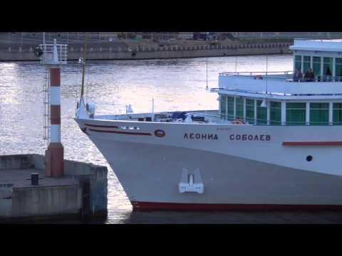 видео: Соболев таранит маяк