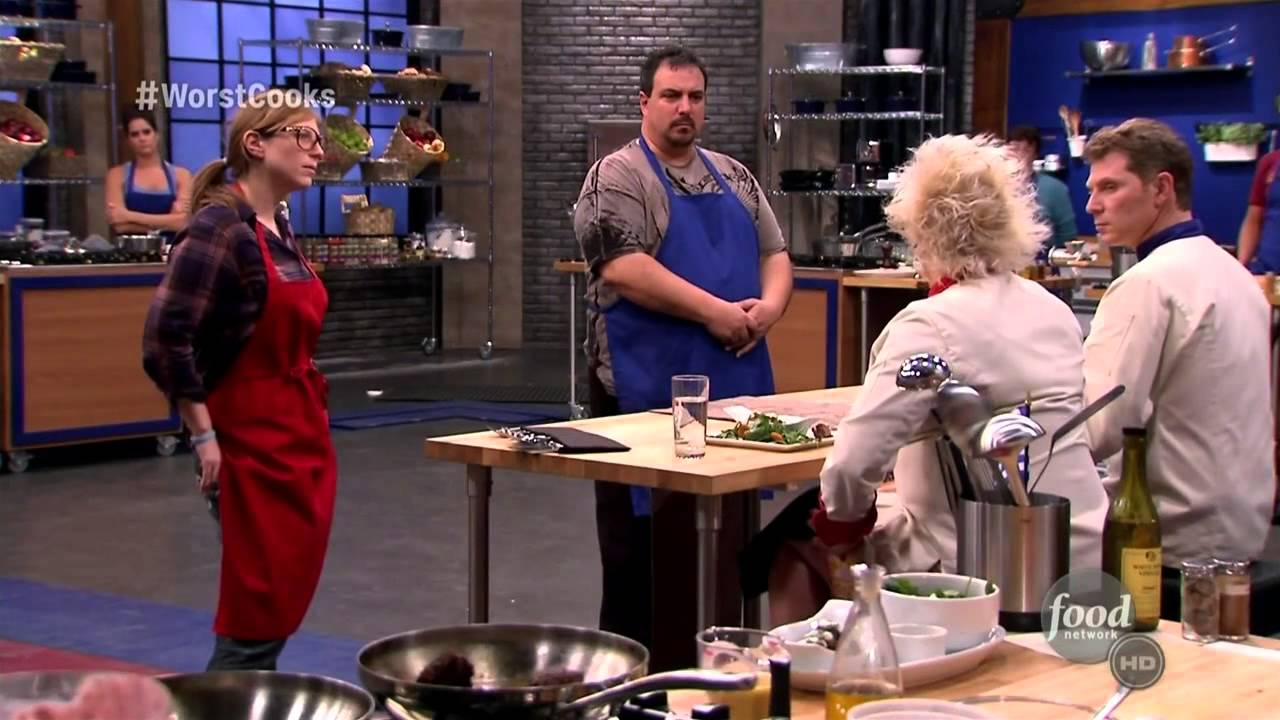 Download Worst Cooks in America   3x02   Going Global 003