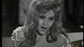 Karola Ágay - Ardon gl'incensi - Part1 (Lucia di Lammermoor - Mad Scene)