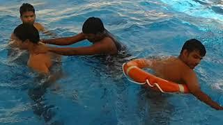 Qatar Al wakrah 38 swimming pool funny video