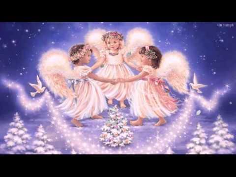 EN STJERNE SKINNER I NATT (lyrics / tekst) - Norwegian Christmas Song (by Oslo Gospel Choir)