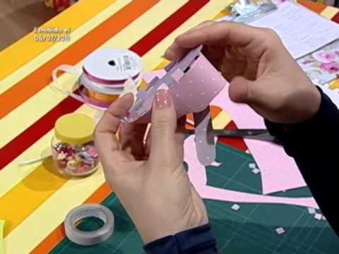 Como hacer un zapatito de beb en cartulina youtube - Como banar a un bebe ...