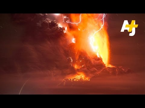 Amazing Footage Shows Chile's Calbuco Volcano Eruption