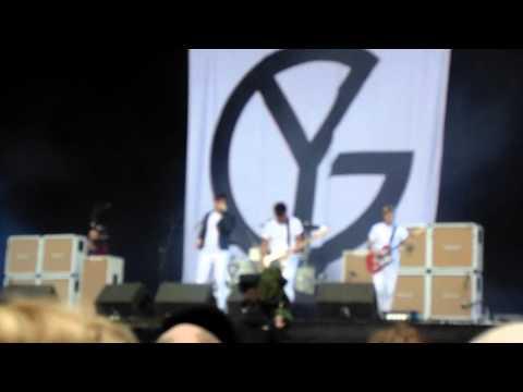 Young Guns - Today (Smashing Pumpkins) Live Download 2013