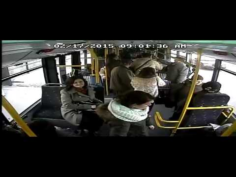 Hoti prinsi la furat in autobuz de Bunicutza 007 din Cluj