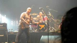Pixies - 11/25/09 NYC late (2) - Something Against You