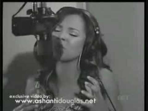 Ashanti singing
