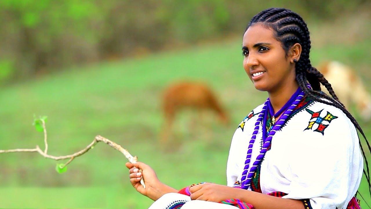 Solomon Berihun - Jemerkut   ጀመርኩት - New Ethiopian Music 2018 (Official  Video)