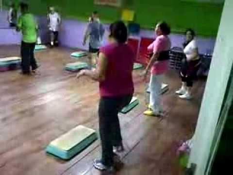 Las gorditas en el gym youtube for En el gimnasio
