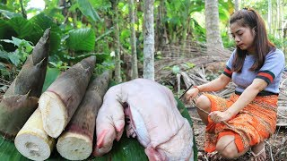 Yummy cooking leg pig with bamboo shoot recipe - Cooking skill