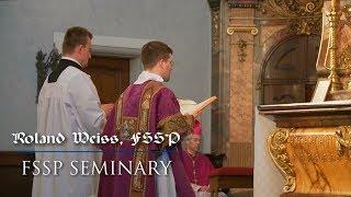 Life in the FSSP Seminary(CC)/Das Leben im FSSP Priesterseminar